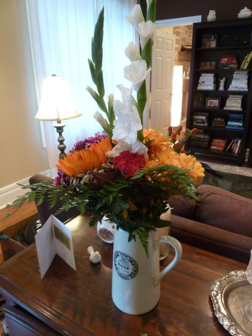 My autumn bouquet! Hopefully they will last until next week's decorating spree.